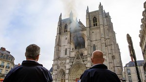 Arson Suspected as 400-year-old Organ Destroyed in Nantes Cathedral's Fire