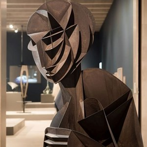 A Large-Scale Exhibition of the Ccclaimed Constructivist Naum Gabo at Tate  Modern