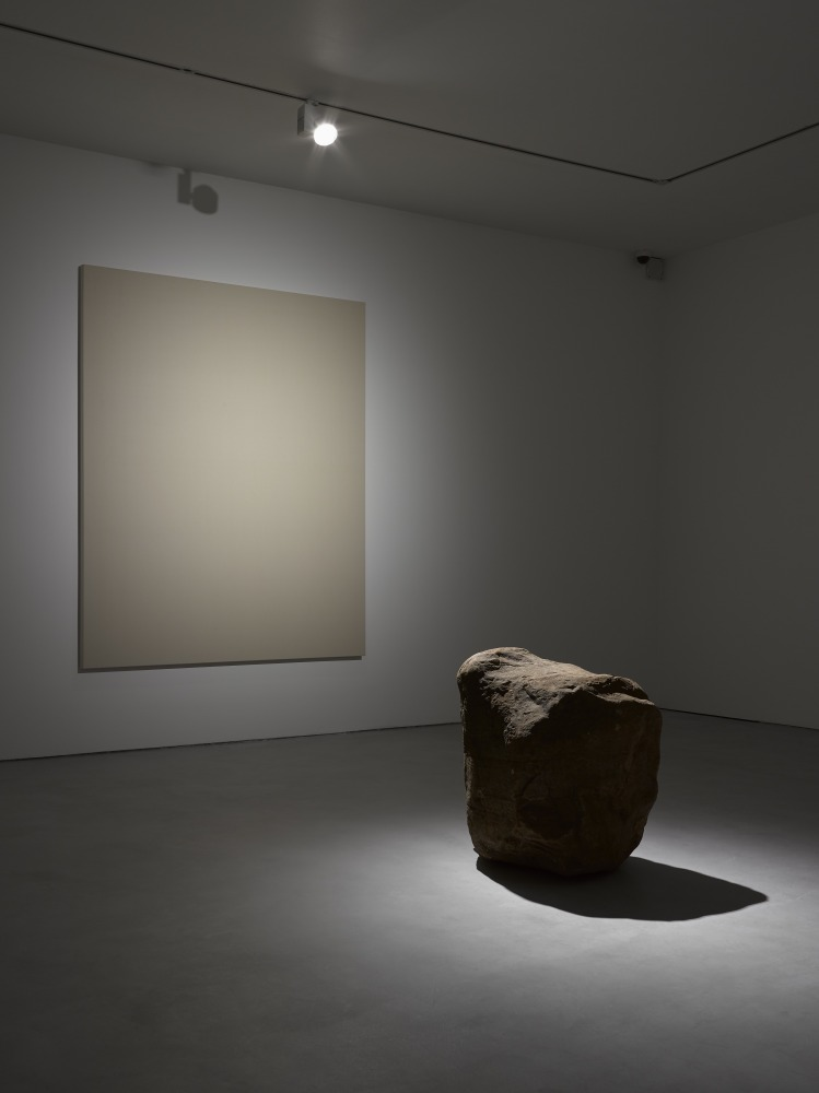 Artdependence anish kapoor and lee ufan in lisson for Minimal art gallery london