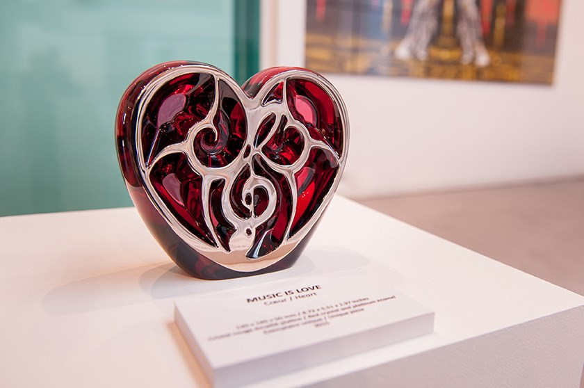 Elton John Music: is Love for Lalique