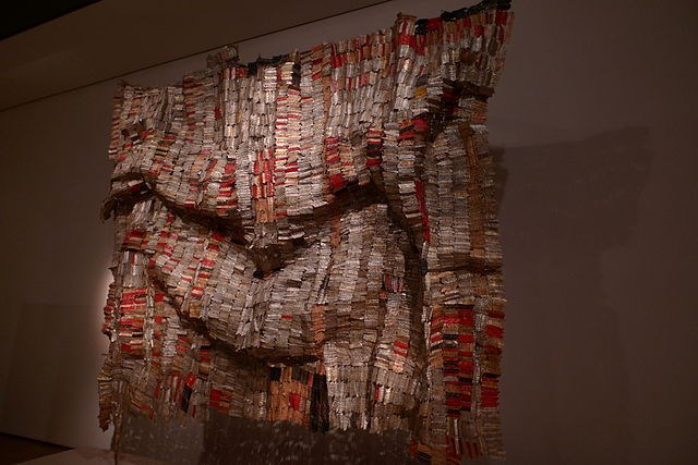 El Anatsui receives Golden Lion Award for Lifetime Achievement
