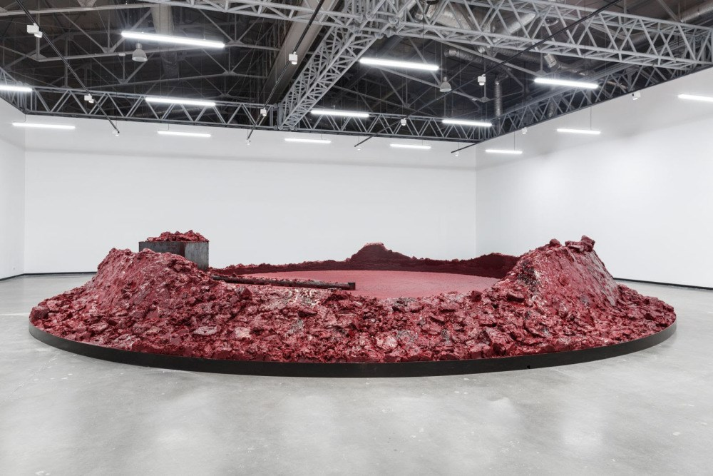 Anish Kapoor's first solo show in Russia as part of special program of the 6th Moscow Biennale