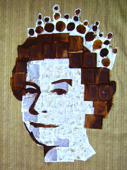 A Question in Trivial Pursuit: Which Artist Created a Portrait of Queen Elisabeth II Using 1,000 Teabags?  Answer: Andy Brown