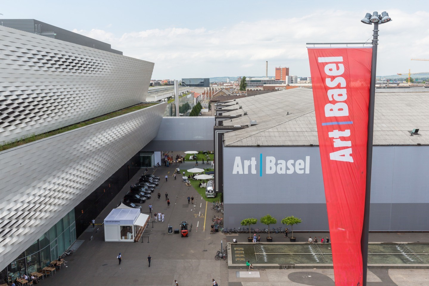 Premier Line-up of Galleries at Art Basel's 2018 Edition in Basel