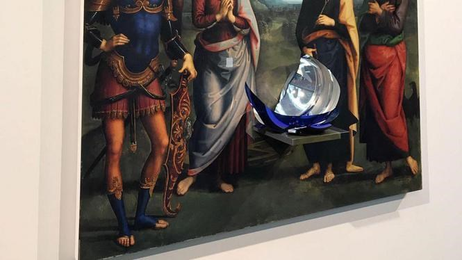 Jeff Koons' Gazing Ball is Damaged in Nieuwe Kerk