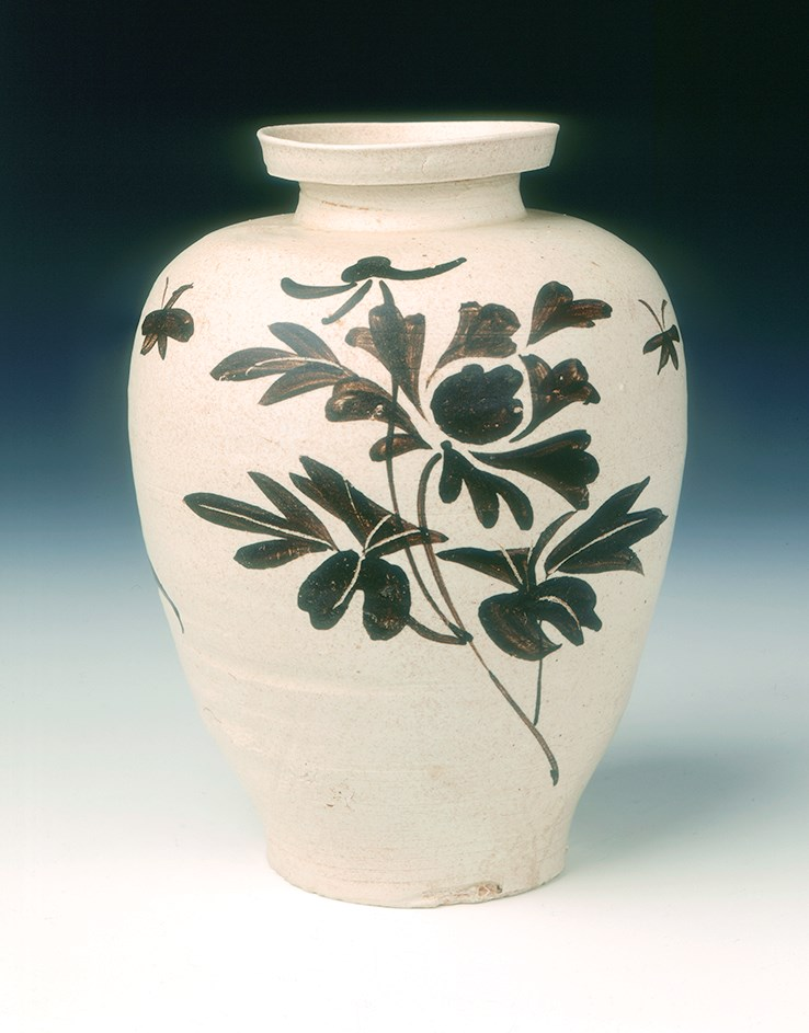 Artefacts with Significant Cultural Value Stolen from Museum of East Asian Art