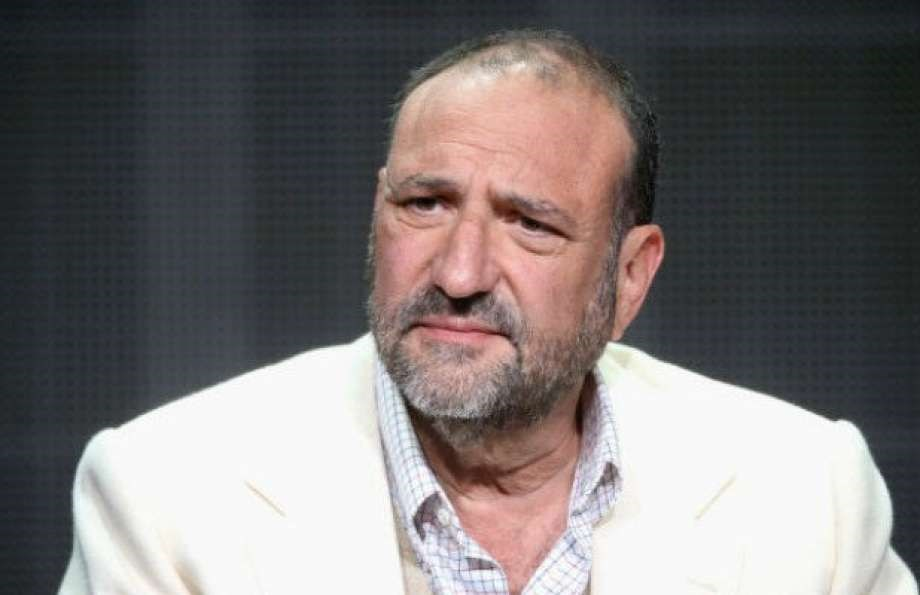 Joel Silver Becomes Second Art Investor to Accuse Jeff Koons Gallery