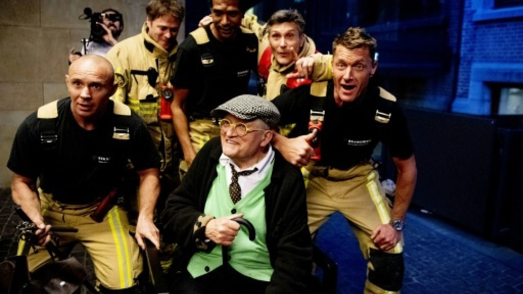 British Artist Hockney Freed from Amsterdam Elevator by Firemen