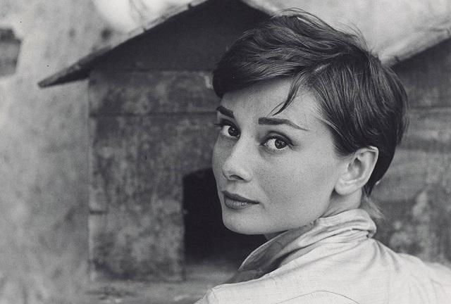 'Intimate Audrey': Hepburn Exhibition Opens in Brussels