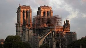 Group Files Lawsuit Over Lead Poisoning Danger From Notre-Dame Blaze